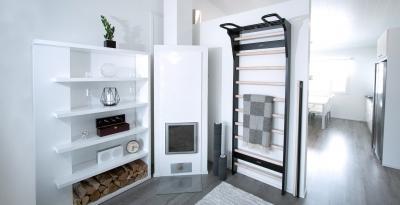 Puolapuut, FitWood Trollstigen by Aleksander Barkov, musta/koivu, moderni skandinaavinen design olohuone